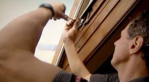 Remplacer une fenêtre de toit Velux